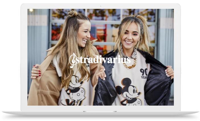 Macbook-mockup-stradivarius-mickey-mouse